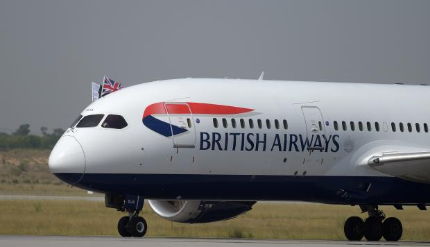 Multan a British Airways tras robo de datos de sus clientes