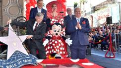 Minnie Mouse recibe su estrella en el Paseo de la Fama de Hollywood [FOTOS Y VIDEO]