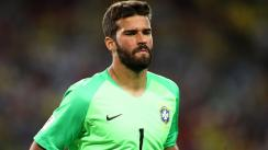Argentina vs. Brasil: Alisson se salvó de cometer terrible blopper [VIDEO]