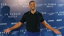 Will Smith sorprende a fanáticos con apsos de baile en Cuba [VIDEO]