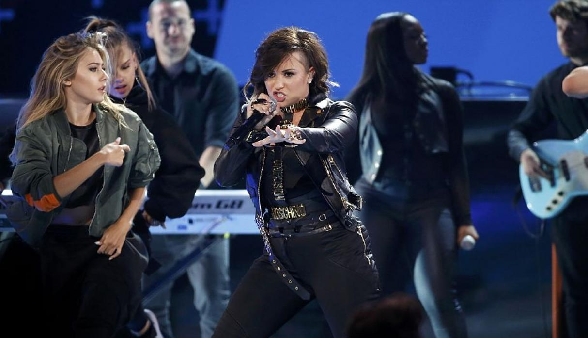 Demi Lovato cantó Really Don\'t Care. (Reuters)