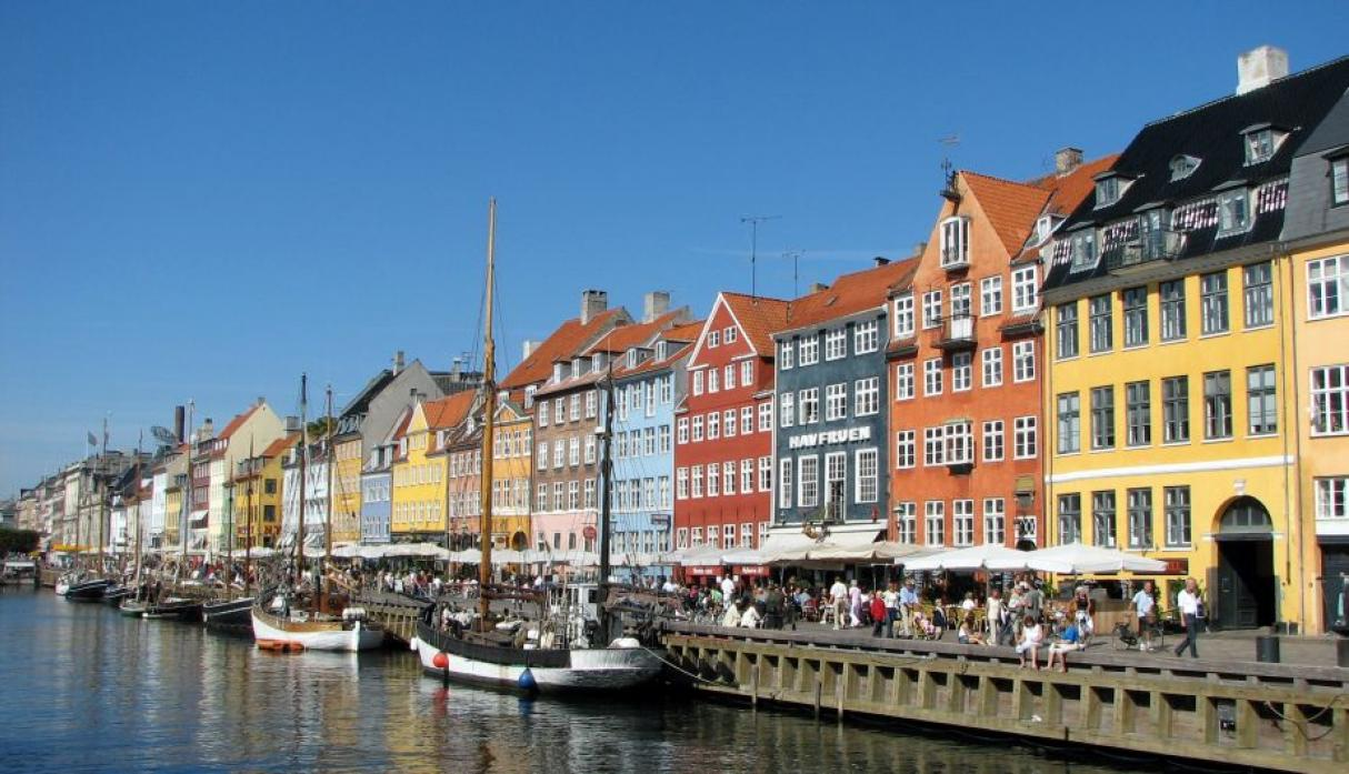 Copenhague, Dinamarca: 660 mil habitantes. (Wikipedia Creative Commons)