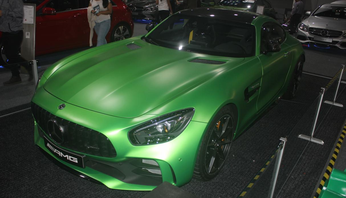 Mercedes Benz AMG 'The beast'