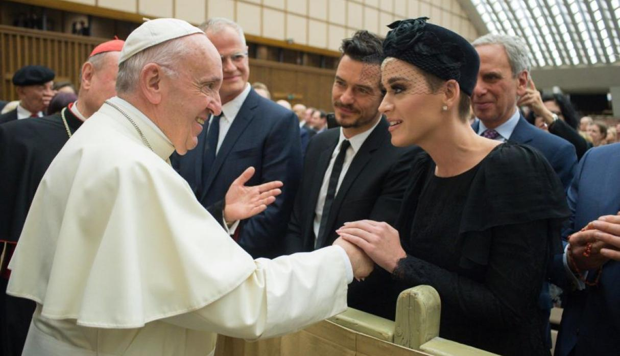 Katy Perry y Orlando Bloom visitaron al papa Francisco en el Vaticano