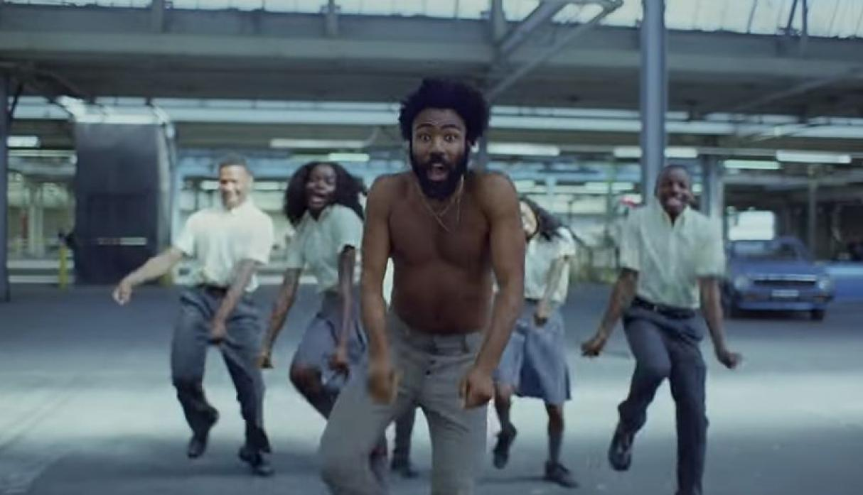 YouTube: Video 'This is América' se vuelve tendencia por estas razones. (YouTube/Donald Glover)