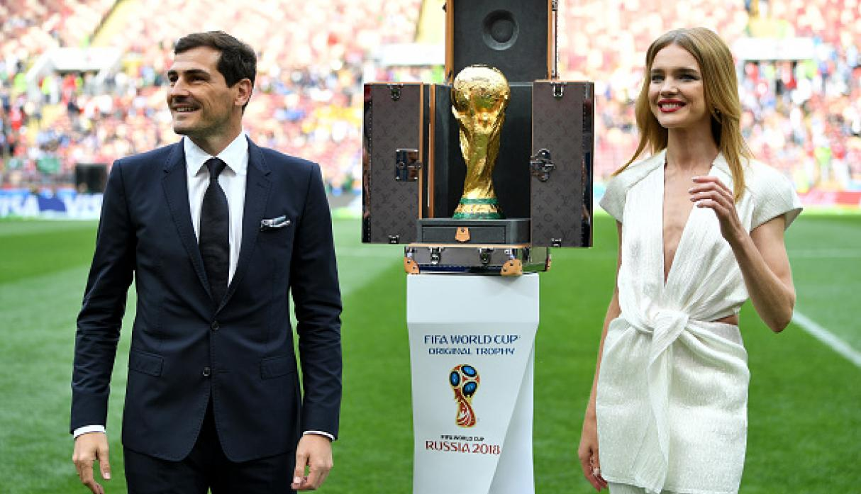 Iker Casillas y Natalia Vodianova. (Getty)