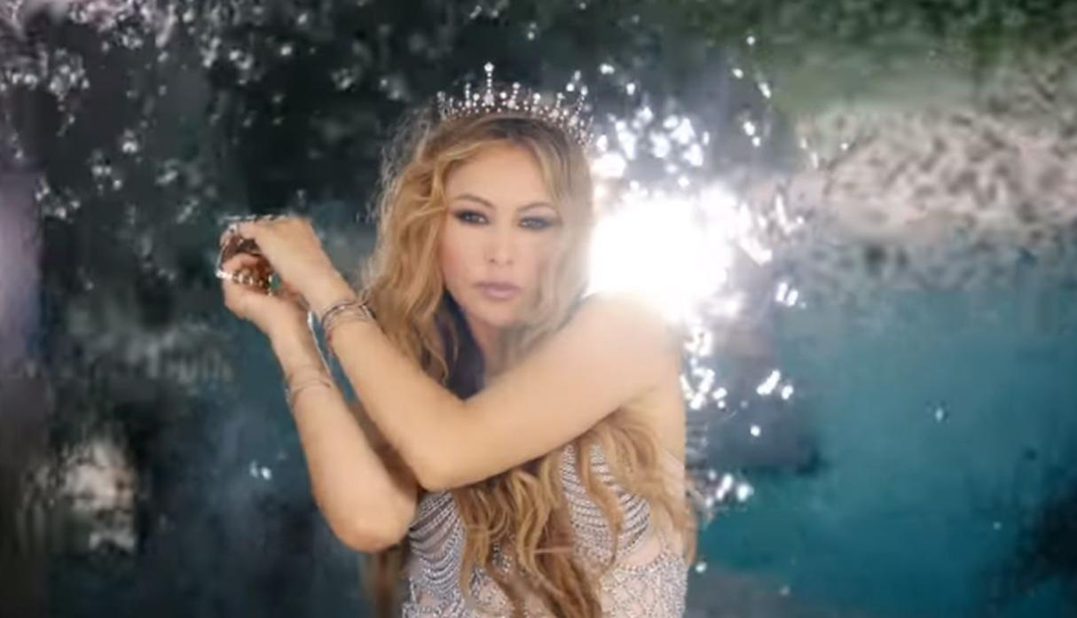 Paulina Rubio confirma su divorcio y estrena video