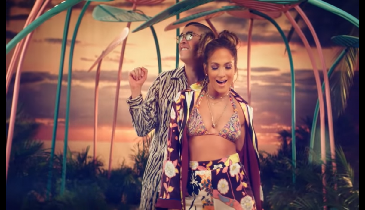Nuevo y sensual video musical de JLo junto a Bad Bunny