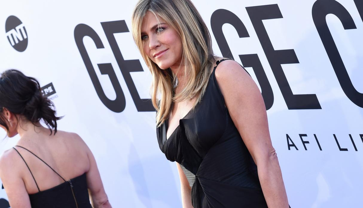 Jet privado de Jennifer Aniston aterrizó de emergencia